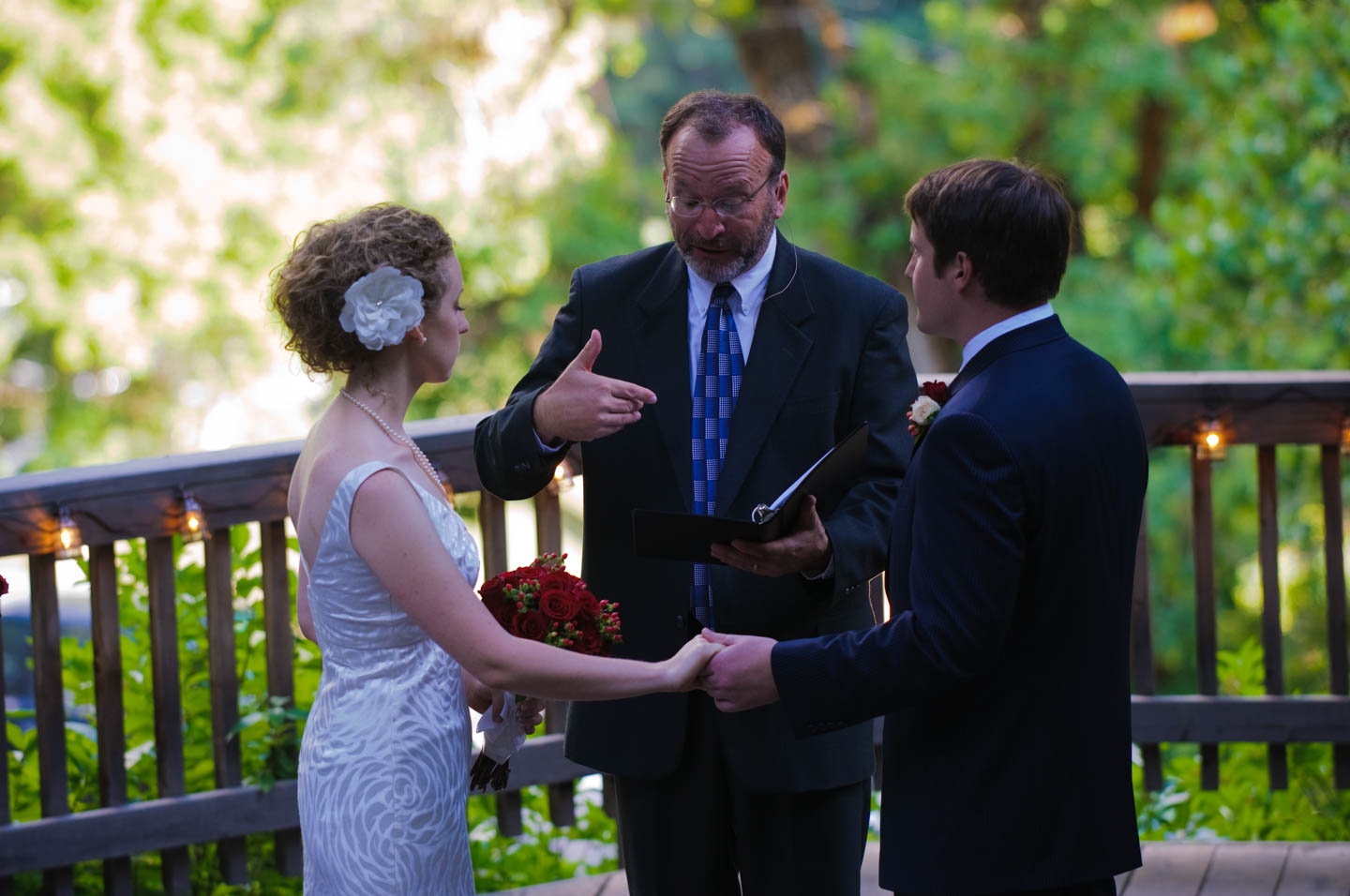 Wedding ceremony at Log Haven