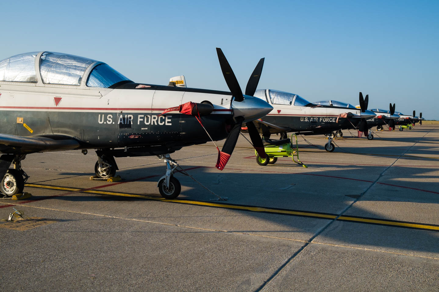 Cool Plane Propellers : Some t airplanes at an air base dav d photography