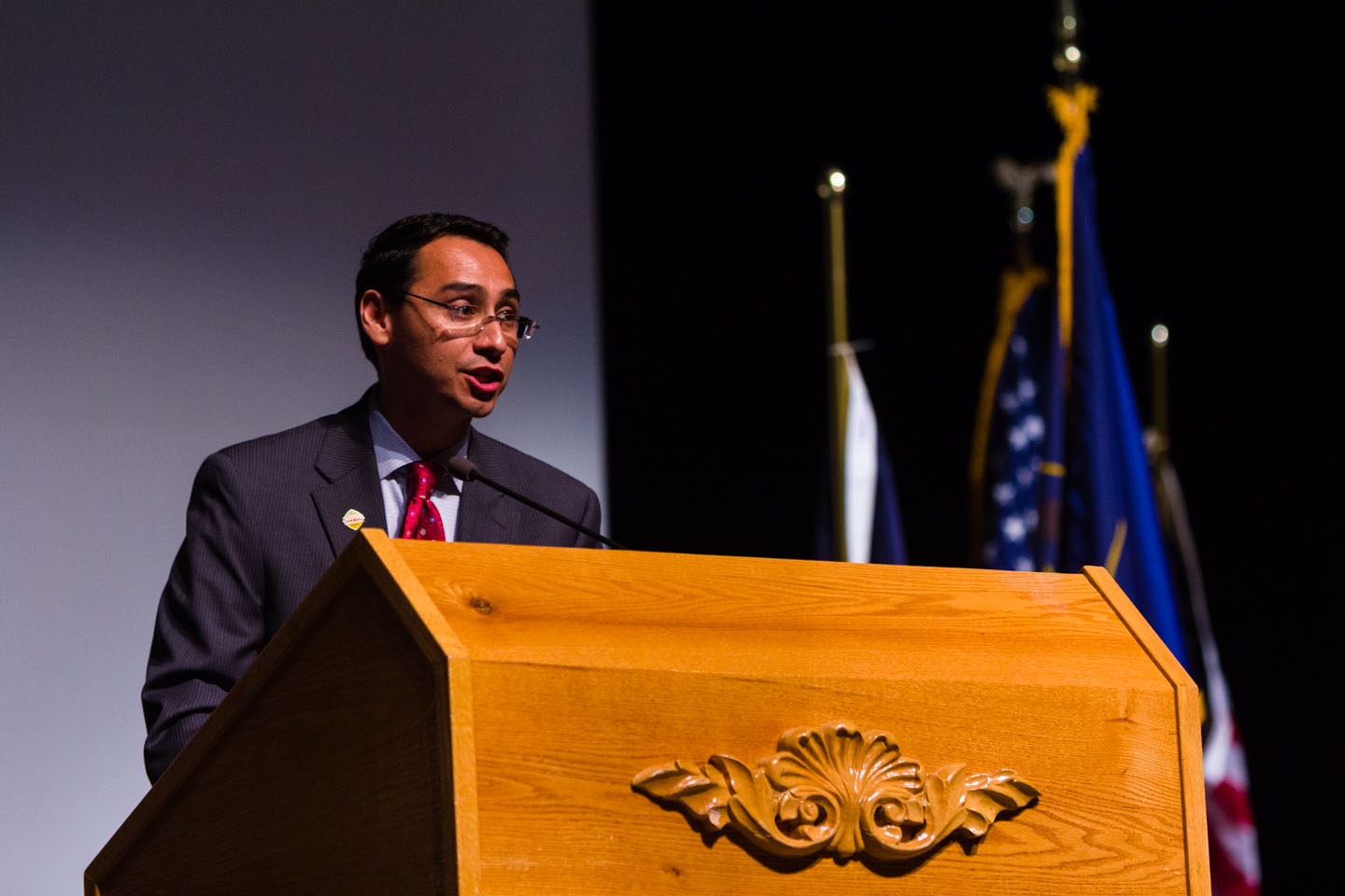 Ross Romero speaks to the Convention