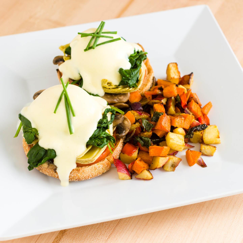 Veggie eggs benedict