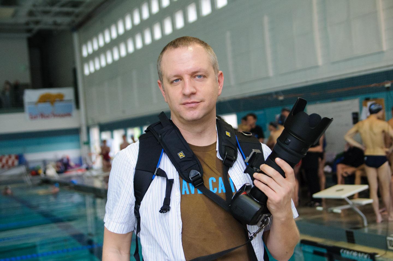 dav.d photographs a swim meet for QUAC