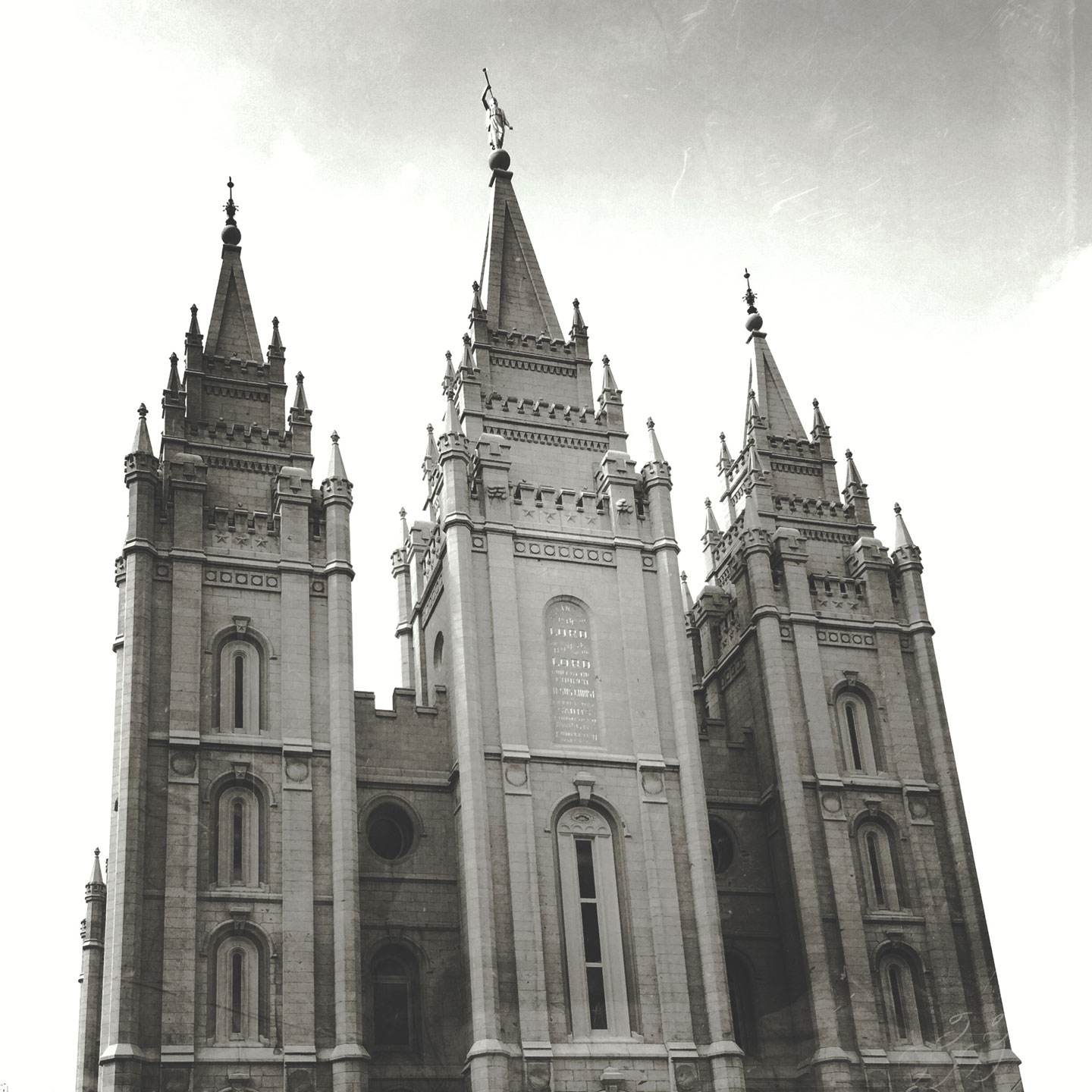 Photo of the Salt Lake Temple created with an iPhone and the Mextures app