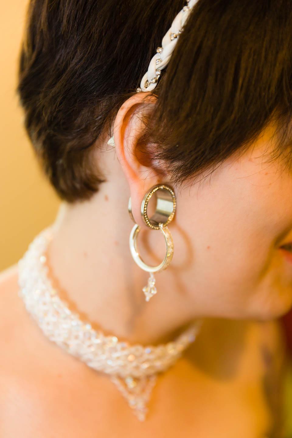 Bride's gauged earrings