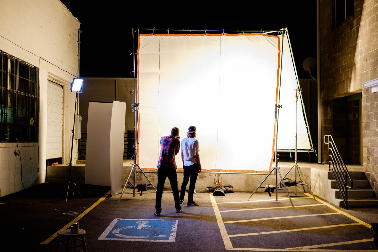 Giant light setup typically found at movie sets