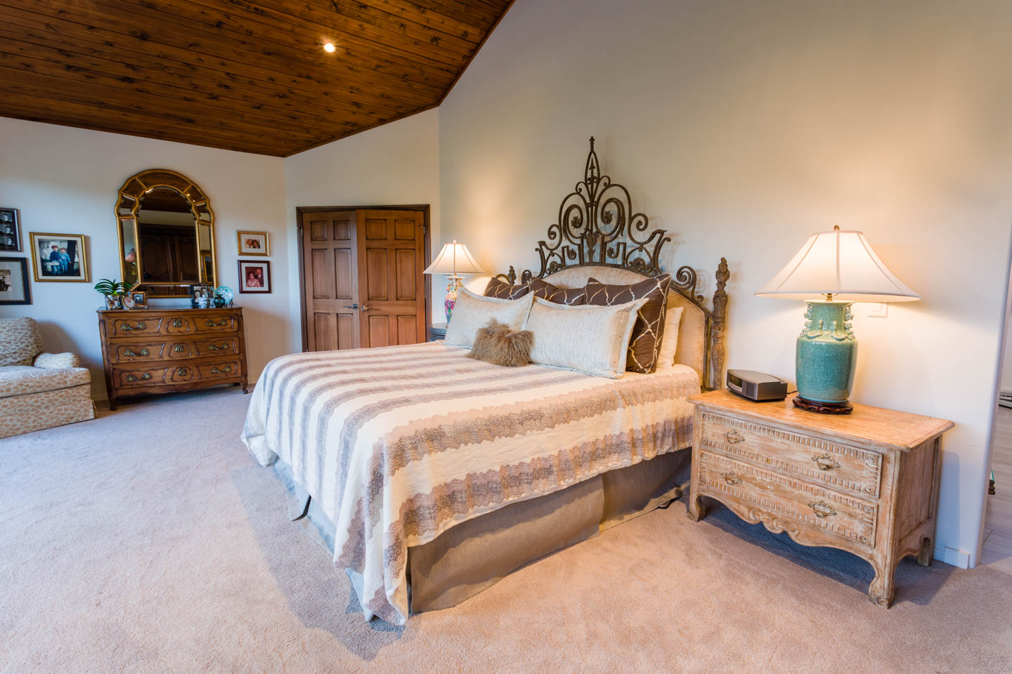 Master bedroom photography