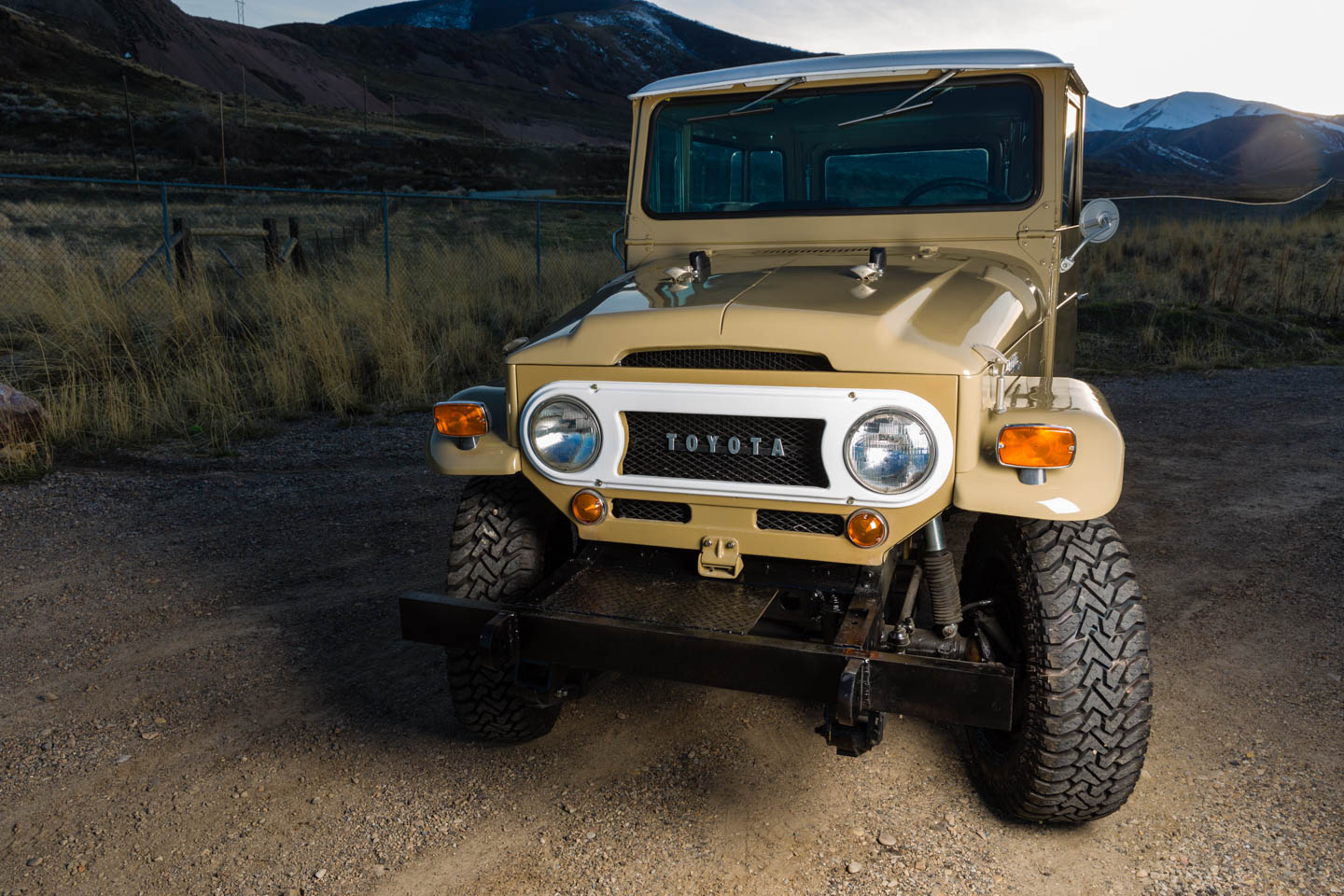 One light for the Toyota Land Cruiser